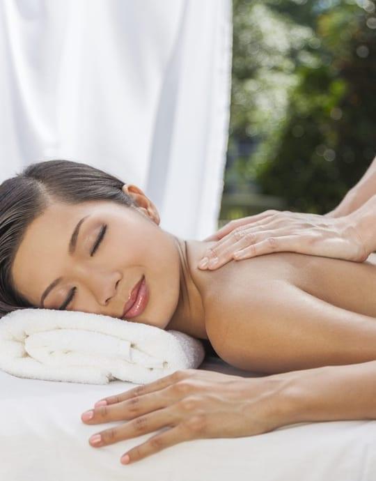 Warm stone massage-9913